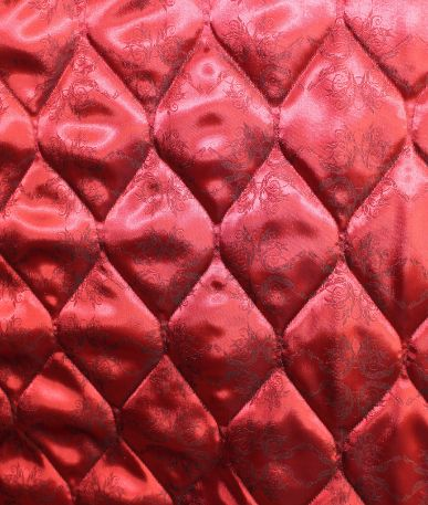 Quilted Italian lining fabric - Onion - Garnet Filigree